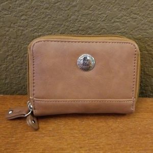 Leather Stone Mountain wallet